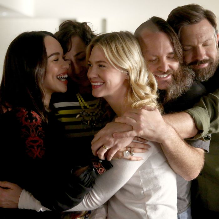 THE LAST MAN ON EARTH: L-R: Cleopatra Coleman, Kristen Schaal, January Jones, Will Forte and guest star Jason Sudeikis in the