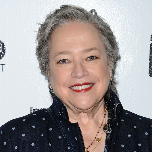 Kathy Bates Sticks Wit...