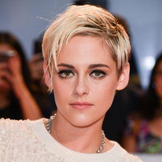 Kristen Stewart bleached eyebrows