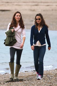??BAUER-GRIFFIN.COM WWW.BAUER-GRIFFIN.COM  Catherine the Duchess of Cambridge and wife of Prince William takes a morning walk at Llanddwyn Island with her sister Pippa. They spent sometime on the scenic Island which is famous in Welsh folklore as the home of St Dwynwen who was the Patron Saint of Lovers EXCLUSIVE   August 20th, 2011 Job: 110820NE1  Newborough, North Wales www.bauergriffin.com www.bauergriffinonline.com