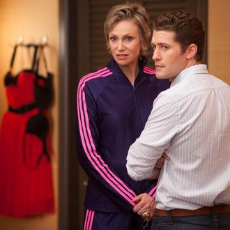"""GLEE: Sue (Jane Lynch, L) and Will (Matthew Morrison, R) prep the kids for Nationals in the second hour of a special two-hour """"Props/Nationals"""" episode of GLEE airing Tuesday, May 15 (8:00-10:00 PM ET/PT) on FOX."""