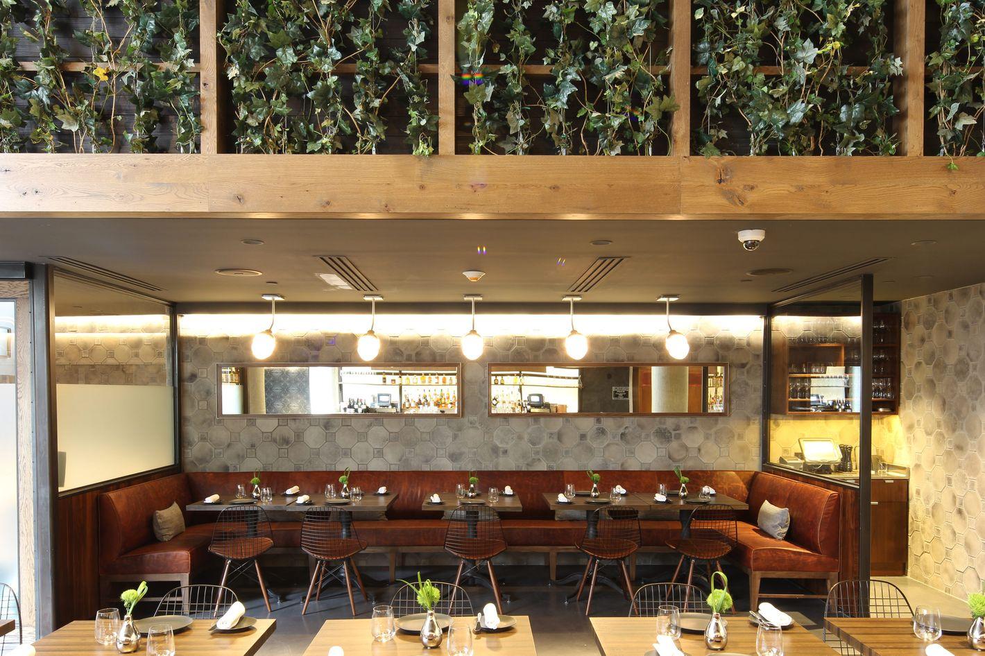 Sushi Nakazawa Carbone Top New York Em Times 10 Best Restaurants Of 2017 List