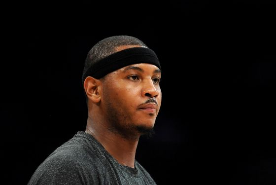 LOS ANGELES, CA - DECEMBER 29:  Carmelo Anthony #7 of the New York Knicks warms up before the game against the Los Angeles Lakers at Staples Center on December 29, 2011 in Los Angeles, California.  NOTE TO USER: User expressly acknowledges and agrees that, by downloading and or using this photograph, User is consenting to the terms and conditions of the Getty Images License Agreement.  (Photo by Lisa Blumenfeld/Getty Images)