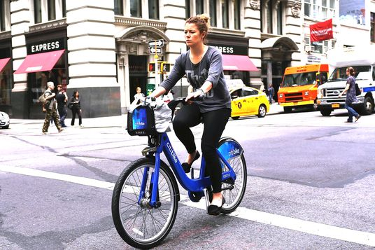 Largest Bike Share Program In US Underway In New York City