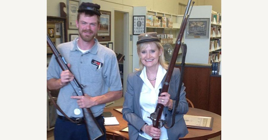 nymag.com - Ed Kilgore - Dixieland's Favorite Senator Cindy Hyde-Smith, Sported Confederate Garb in 2014
