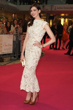 "LONDON, ENGLAND - AUGUST 23:  (UK TABLOID NEWSPAPERS OUT) Anne Hathaway attends the European premiere of ""One Day"" at The Vue Westfield on August 23, 2011 in London, England.  (Photo by Fergus McDonald/Getty Images)"