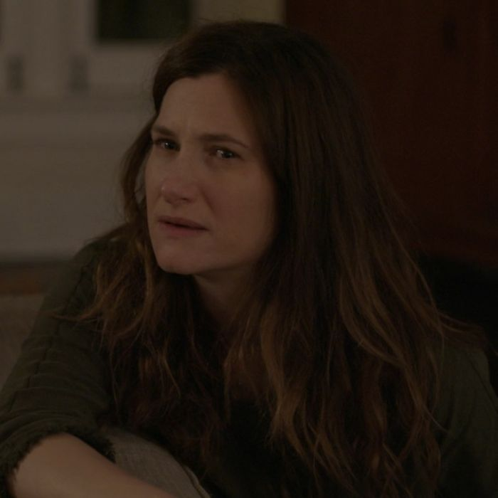 Kathryn Hahn as Raquel.