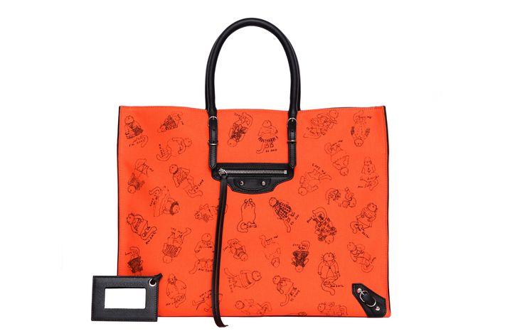 """The """"Pumpkin Papier"""" bag."""