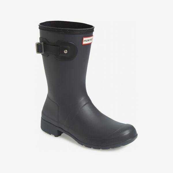 black hunter original tour short rain boot - strategist nordstrom anniversary sale
