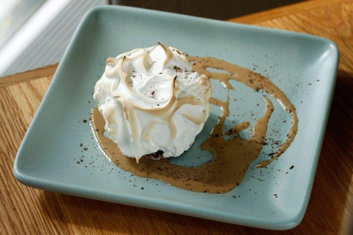 For dessert: Baked Alaska.