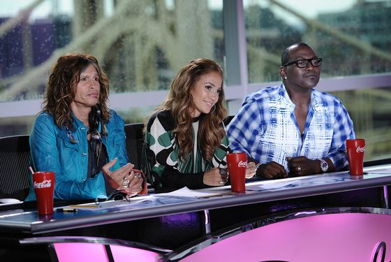 AMERICAN IDOL: L-R: Steven Tyler, Jennifer Lopez and Randy Jackson on AMERICAN IDOL airing Thursday, Jan. 19 (8:00-9:00 PM ET/PT) on FOX. CR: Michael Becker / FOX.
