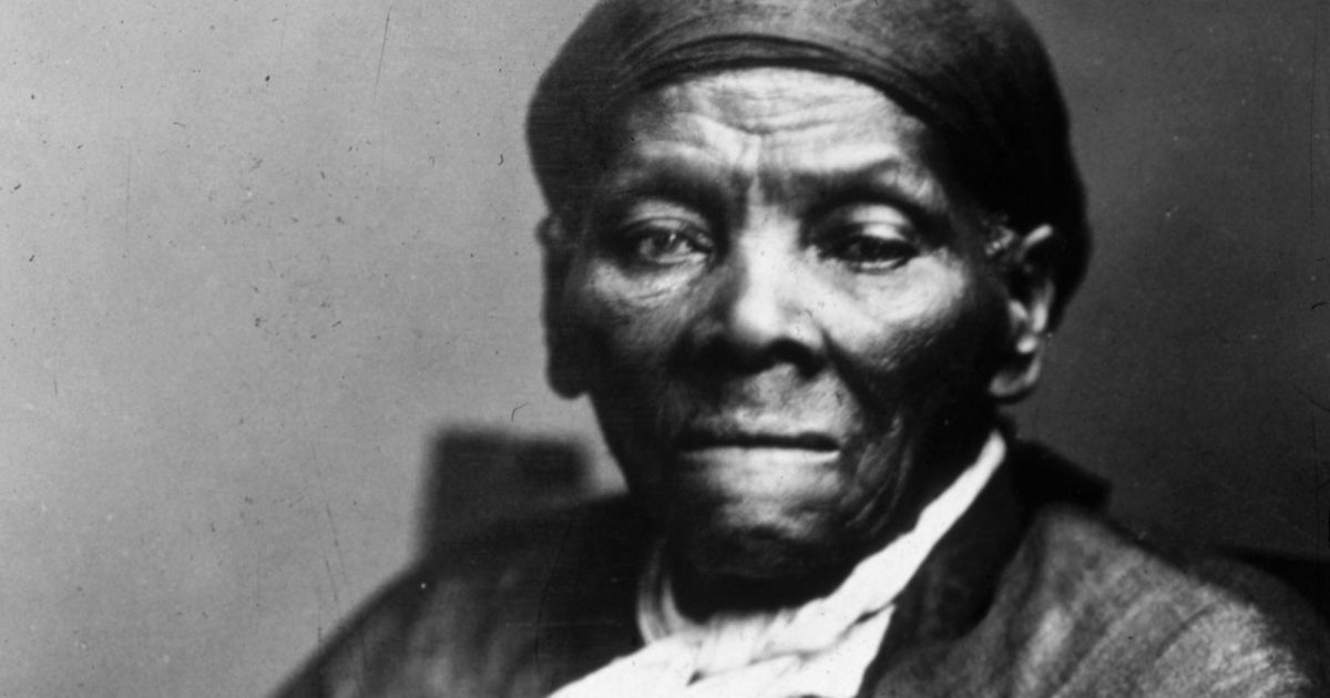 harrit tubman Harriet tubman (born araminta ross c 1820 or 1821 – march 10, 1913) was an african-american abolitionist, humanitarian, and union spy during the american civil war.