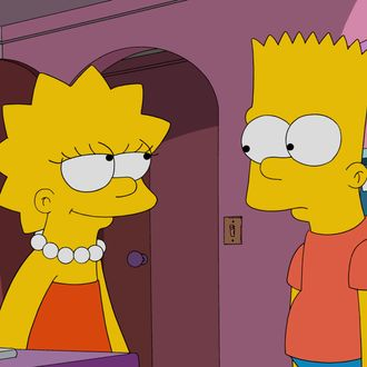 """THE SIMPSONS: Lisa sets out to restore the tarnished reputation of Springfield's first female inventor. To find her invention, she scours an abandoned asylum and a restaurant that caters to men. Bart joins Lisa at the asylum, stealing one of the homicidal patient's notebooks, and bragging to the boys at school that he wrote the entries himself. This revelation causes Homer and Marge to believe he is a sociopath, which Bart decides to use to his advantage until things go too far in the """"Paths of Glory"""" episode of THE SIMPSONS airing Sunday, Dec. 6 (8:00-8:30 PM ET/PT) on FOX. THE SIMPSONS ™ and © 2015 TCFFC ALL RIGHTS RESERVED."""