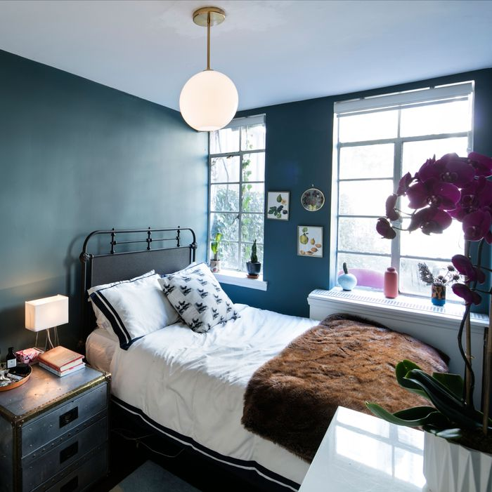No Bedroom Apartment: How To Make A Dark Room Brighter