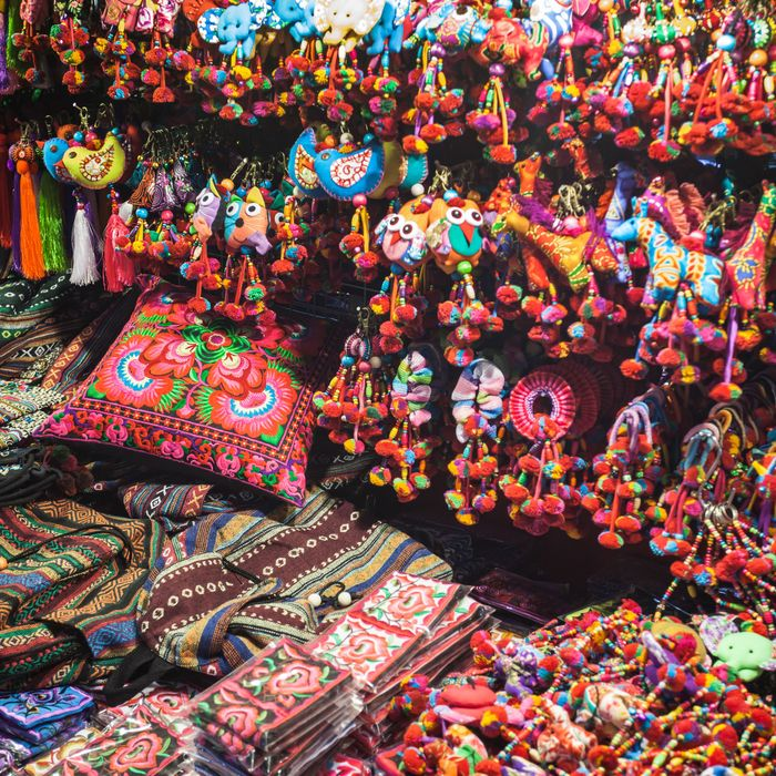 10 Souvenirs You Should Buy In Bangkok, According To Locals