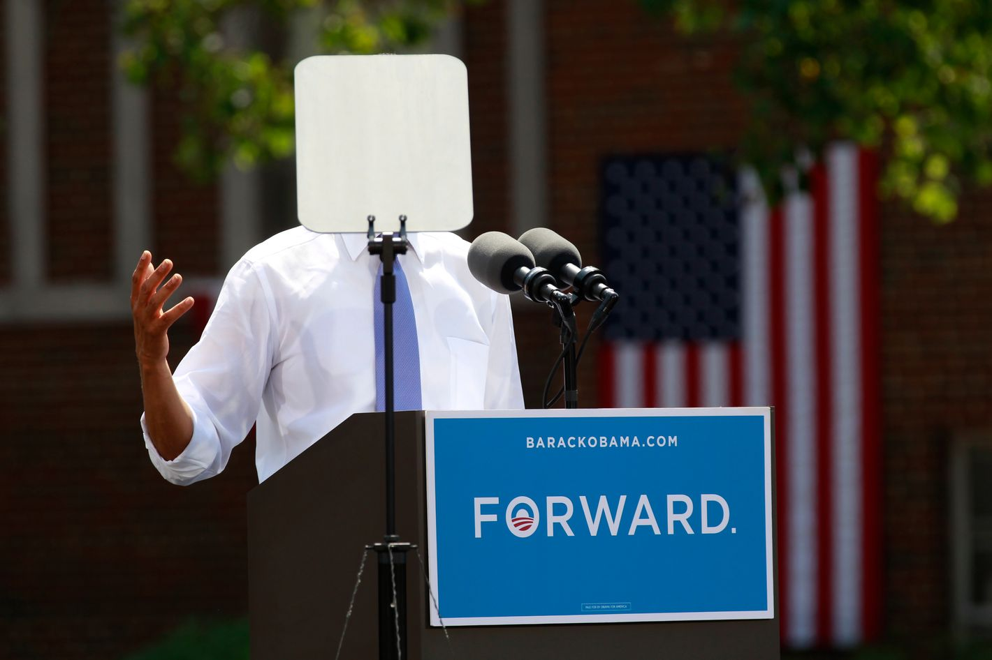 A teleprompter obscures U.S. President Barack Obama as he speaks during a campaign event at Capital University in Columbus, Ohio August 21, 2012. Obama is on a two-day campaign trip to Ohio, Nevada and New York.