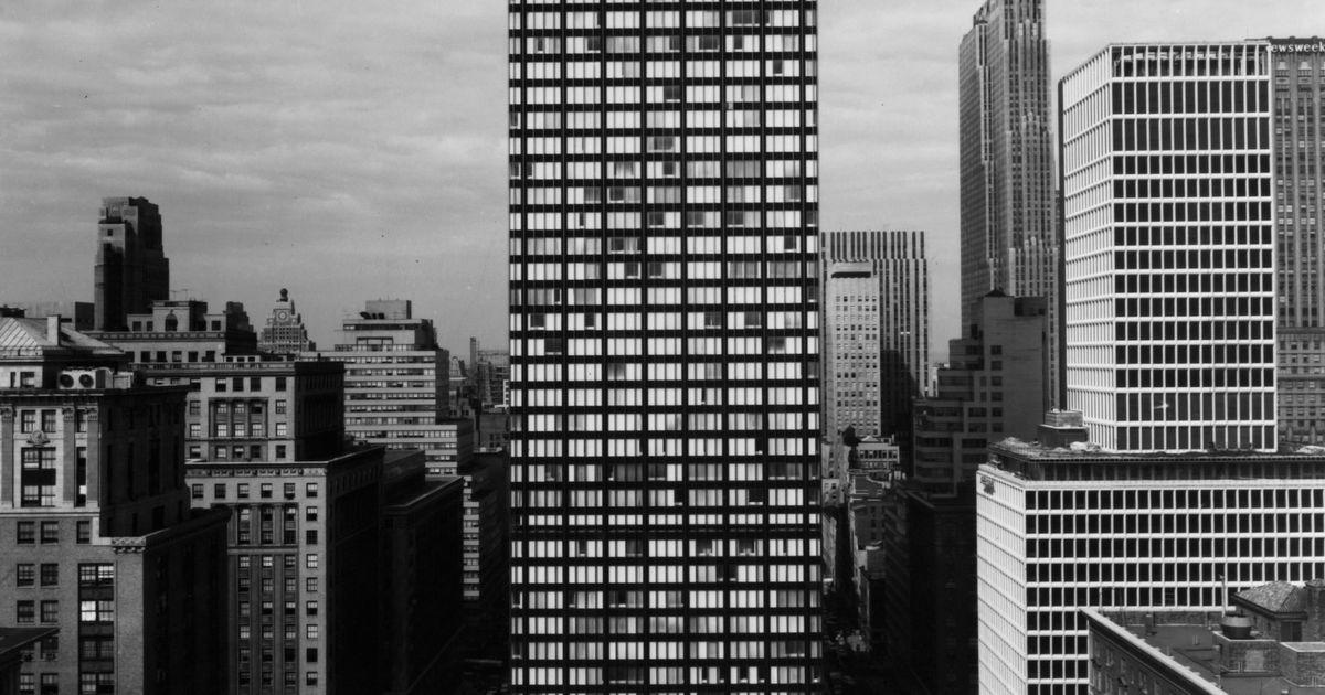The Death of a Skyscraper