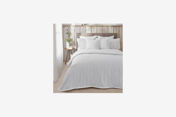 The White Company Logan Quilt, Full/Queen