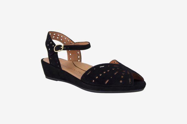 L'Amour des Pieds Brenn Sandals