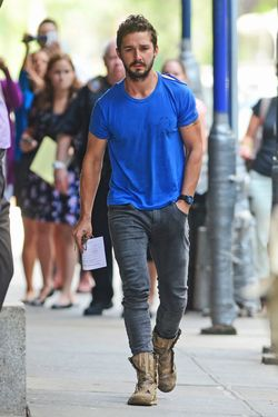 Shia LaBeouf leaves polic