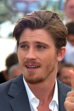 "CANNES, FRANCE - MAY 23:  Actor Garret Hedlund attends the ""On The Road"" Photocall during the  65th Annual Cannes Film Festival at Palais des Festivals on May 23, 2012 in Cannes, France.  (Photo by Pascal Le Segretain/Getty Images)"