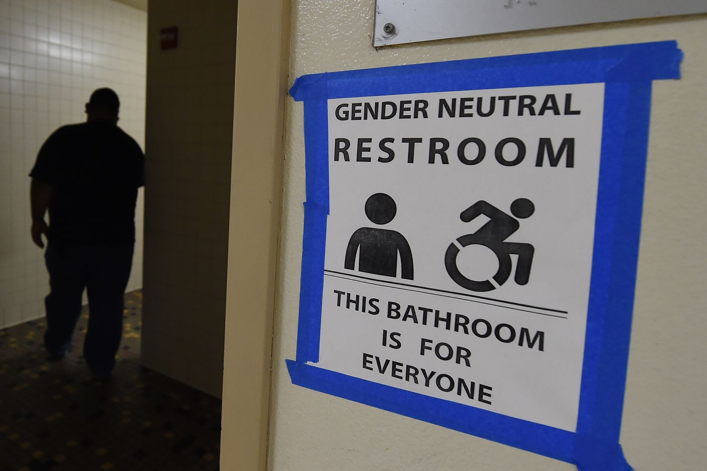 California Assembly Passes Bill To Make All Public Bathrooms Gender - Gender neutral bathrooms california