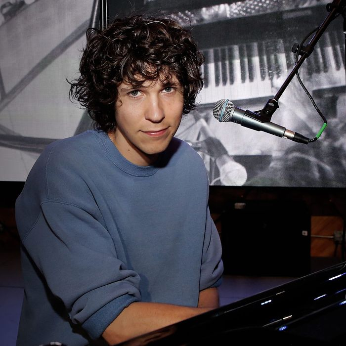 Tobias Jesso Jr., a whiny man to love.