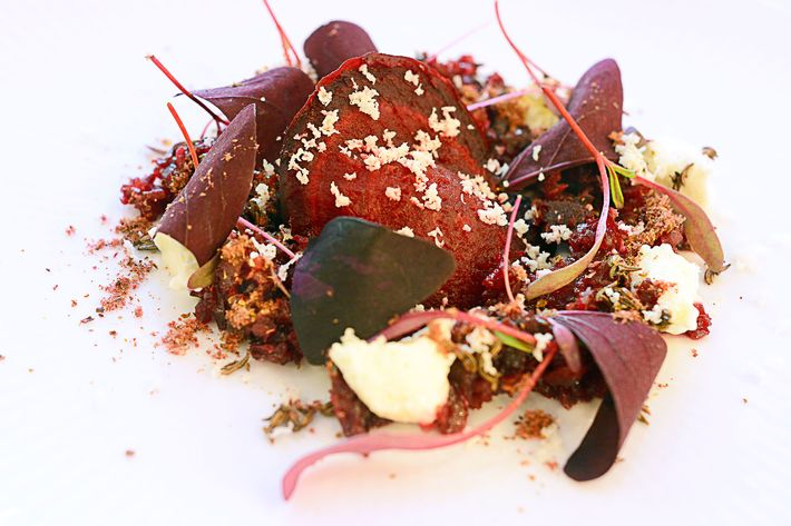 Salt-and-söl-baked beet with crème fraîche, horseradish, and vegetable sparks. (If you're not up on your New Nordic, this one involves dulse seaweed and burnt and dehydrated vegetable scraps.)
