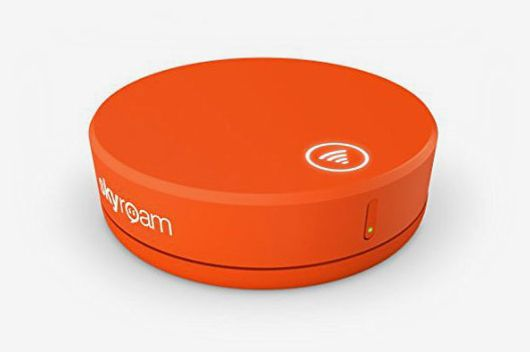Skyroam Solis Mobile WiFi Hotspot & Power Bank