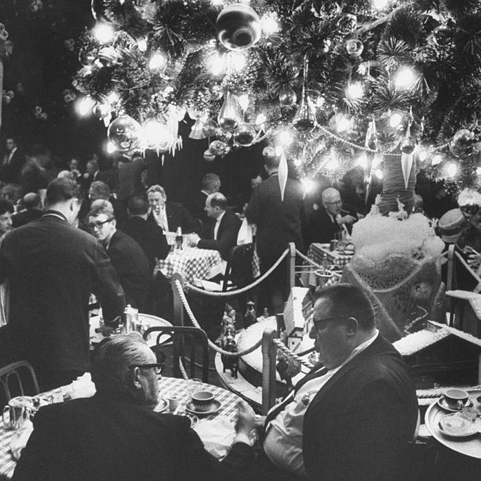 Christmas Restaurant.36 Nyc Restaurants Open On Christmas And Christmas Eve