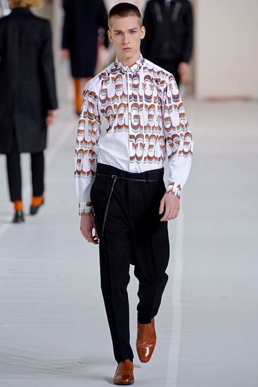 "<a href=""http://nymag.com/fashion/fashionshows/2012/fall/main/europe/menrunway/driesvannoten/"">See the full collection: Dries Van Noten</a>"