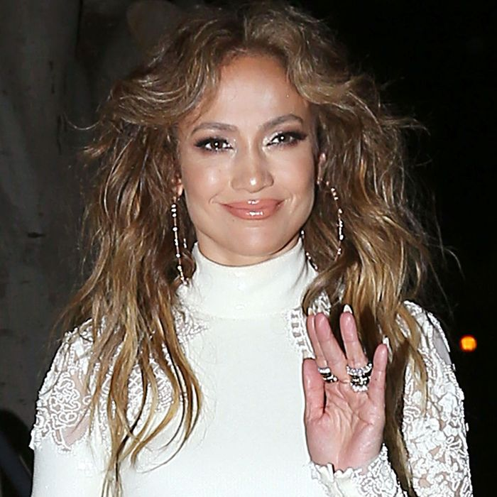 Chips and guacamole for J.Lo.