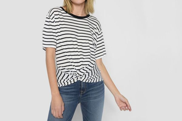 7 for All Mankind Knotted Front Tee in Black and White