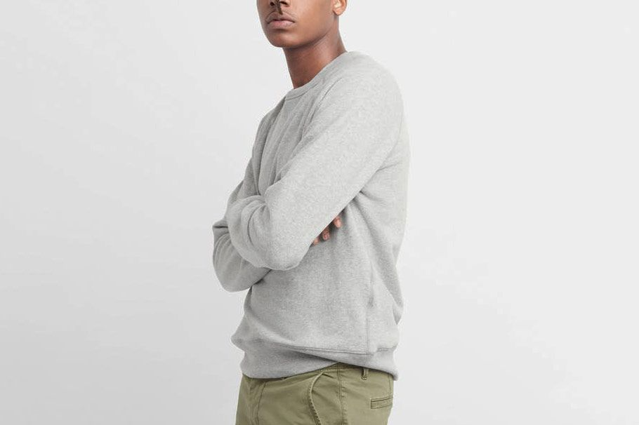 Gap Men's Pullover Crewneck Sweatshirt in French Terry
