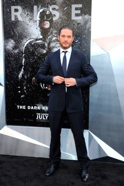 "NEW YORK, NY - JULY 16:  Actor Tom Hardy attends ""The Dark Knight Rises"" premiere at AMC Lincoln Square Theater on July 16, 2012 in New York City.  (Photo by Larry Busacca/Getty Images)"