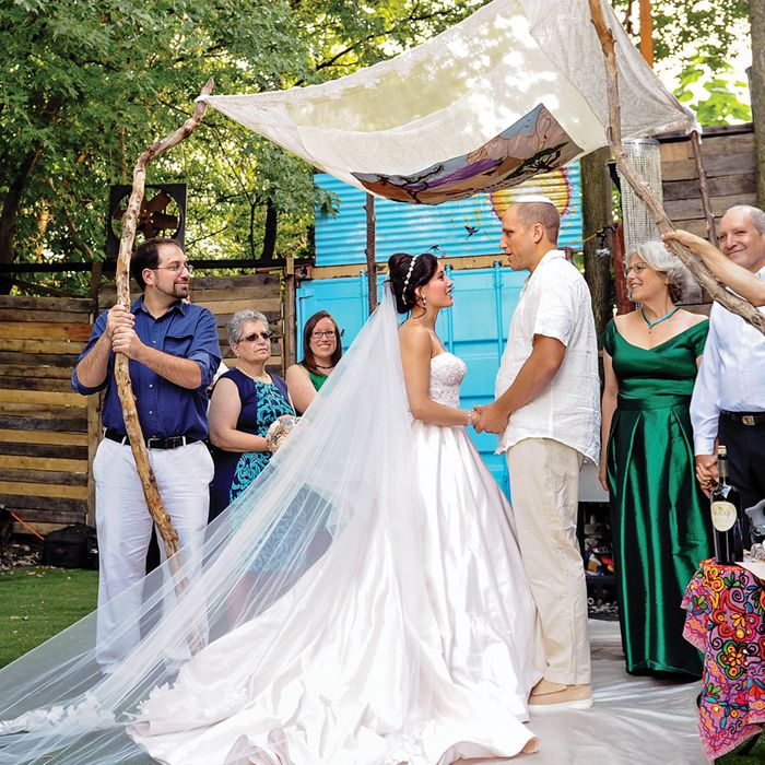 A Circus-Inspired Wedding In Brooklyn