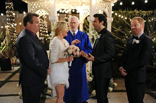 "MODERN FAMILY - ""Best Men"" - Mitch and Cam's best gal pal, Sal, makes one of her notorious surprise drop-ins, but this time with big news - she's getting married... tomorrow! Cam and Mitch are the best men, but they can't help but question whether this party girl can really settle down, and they consider an intervention. Meanwhile, Gloria has trust issues with their new nanny, Claire has a rare bonding moment with Haley, and Phil helps Luke with a girl he likes, on ""Modern Family,"" WEDNESDAY, FEBRUARY 27 (9:00-9:31 p.m., ET), on the ABC Television Network."
