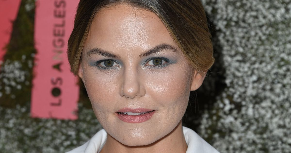 Which Us Will Jennifer Morrison Play on This Is Us?