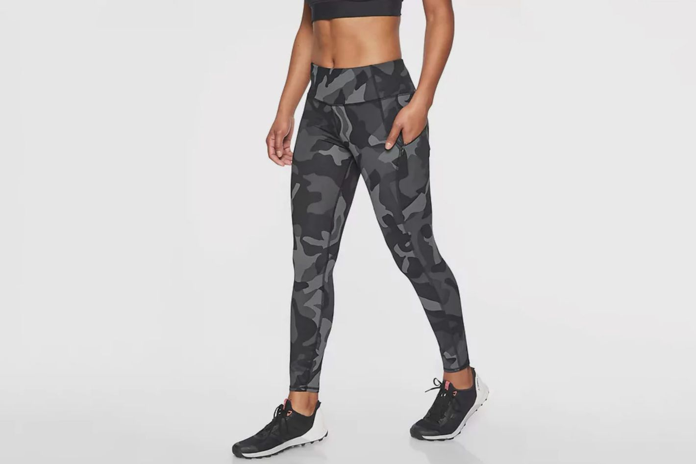 00e1d9006ac6e1 10 High-Waisted Leggings That are Perfect for Your Workout