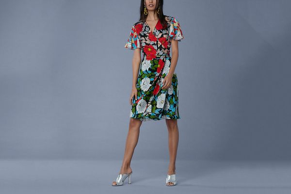 Flutter Sleeve Front Tie Wrap Dress