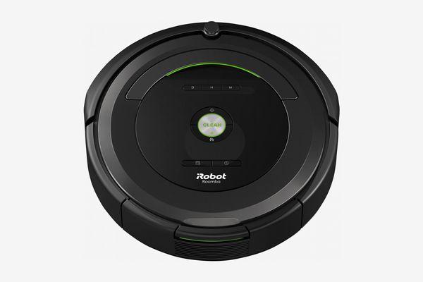 Roomba by iRobot 680 Robot Vacuum