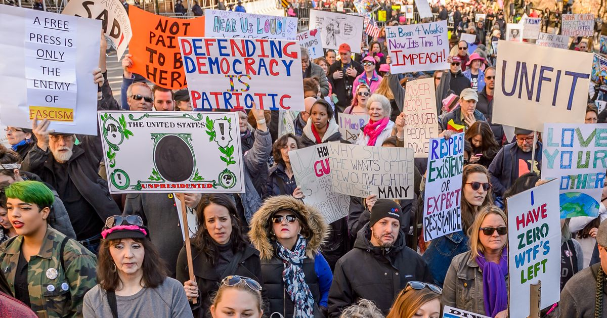 Could This Democratic Dark Money Group Fuel a Tea Party of the Left?