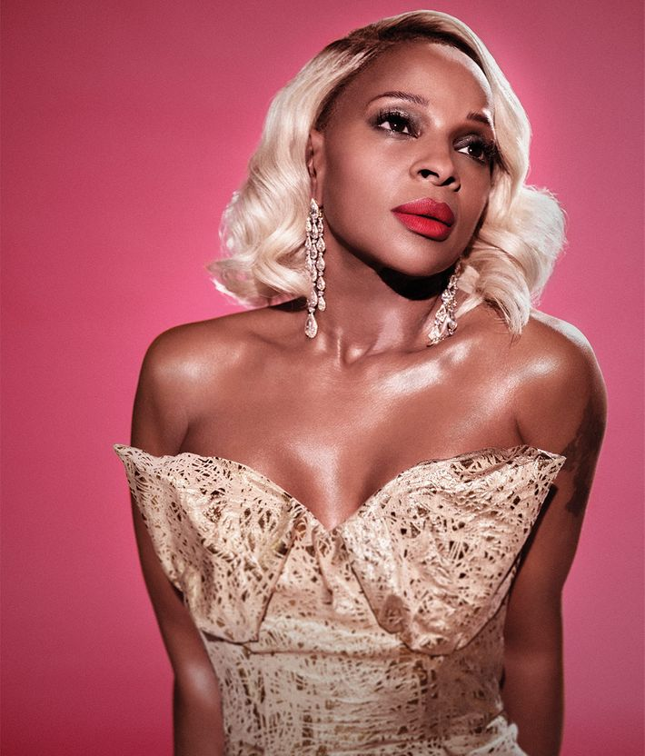 Mary J. Blige in <em>New York</em>