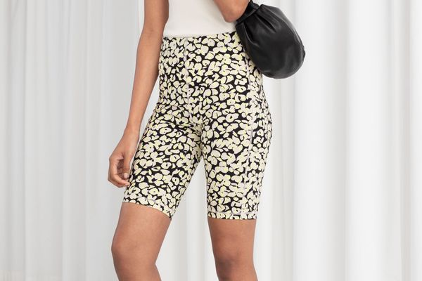 &Other Stories Fitted Floral Cycling Shorts