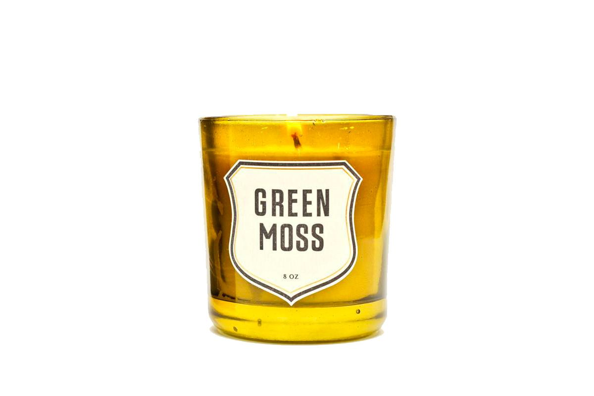 Izola Green Moss Candle