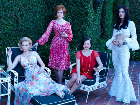 January Jones as Betty Francis. Christina Hendricks as Joan Harris, Elisabeth Moss as Peggy Olson and Jessica Pare as Megan Draper - Mad Men _ Season 7B, Gallery _ Photo Credit: Frank Ockenfels 3/AMC