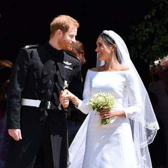 90b4bb9bca Emilia Wickstead Responds to Daily Mail Comments About Meghan Markle s  Wedding Dress