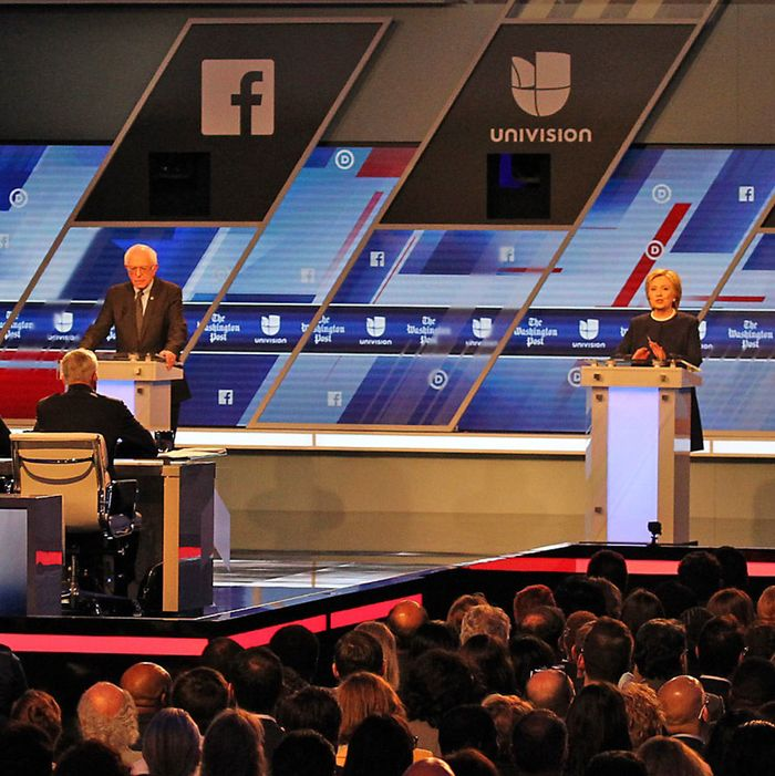 Democratic presidential hopefuls debate in Miami