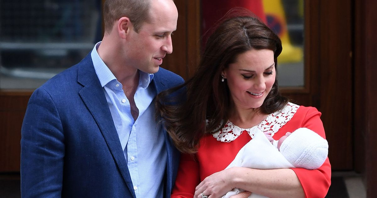 51a6d26c2201e Kate Middleton and Prince William Step Out With New Baby Boy