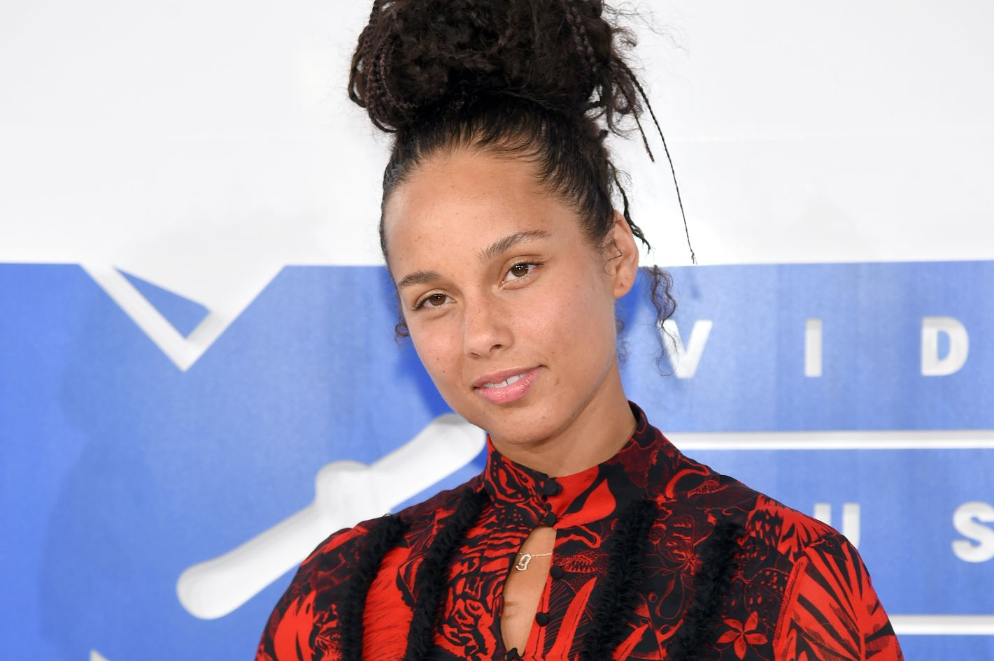 Alicia Keys Didn't Wear Any Makeup to the VMAs Alicia Keys